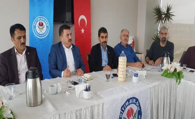 Bursa EBS'de 14 İlçe başkanı'ndan Ramazan Acar'a destek açıklaması