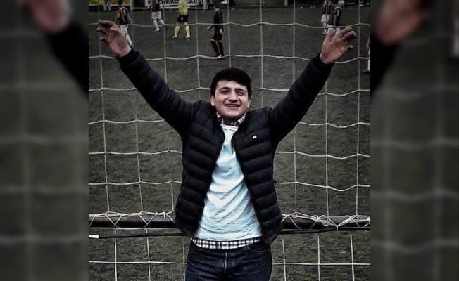 17 yaşındaki taraftar bıçaklanarak öldürüldü