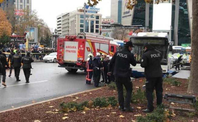 Ankara'da otobüs yayalara çarptı! Çok sayıda yaralı var