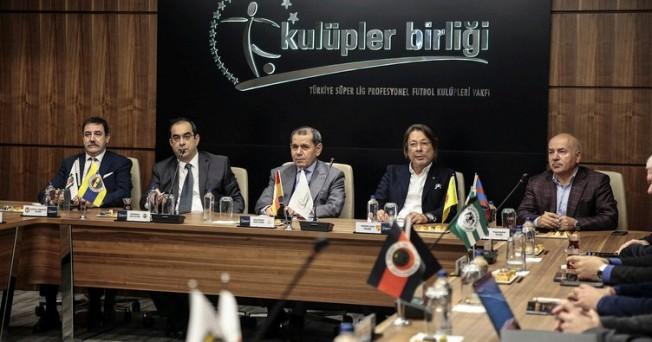 Kulüpler Birliği'nden yabancı kuralı açıklaması