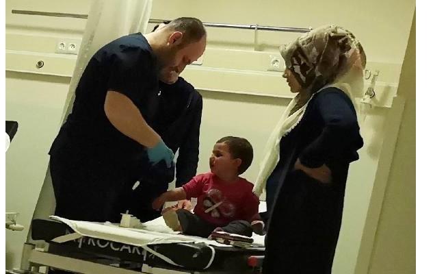 Çamaşır suyu içen Ervan hastaneye kaldırıldı
