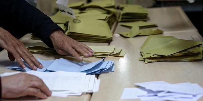 Maltepe'de oy sayımı devam ediyor