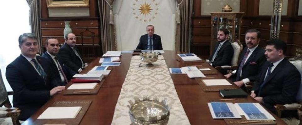 Cumhurbaşkanı Erdoğan'a yerli otomobil sunumu
