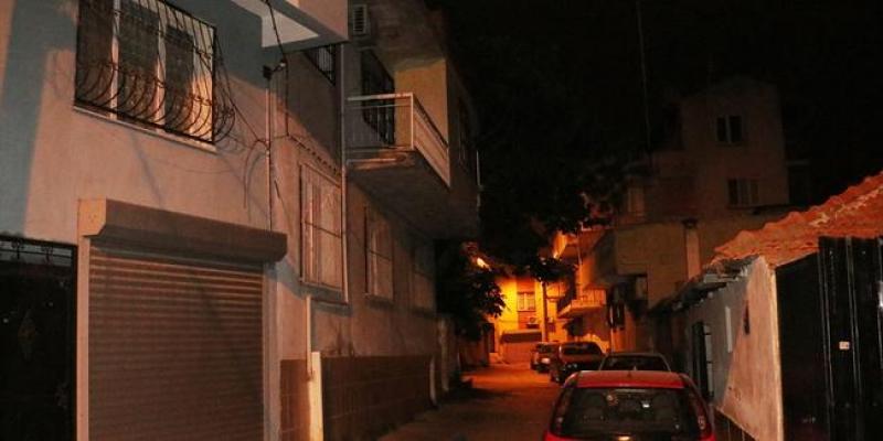 İzmir'de cinayet! Annesini kabloyla boğarak öldürdü!
