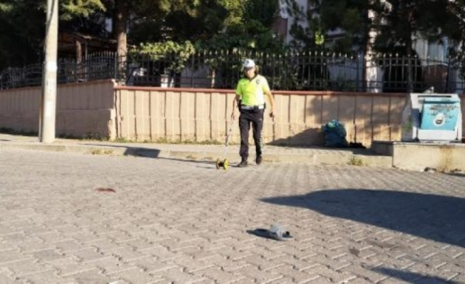 Servis minibüsünün çarptığı Özlem, öldü