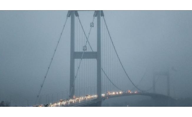 İstanbul'da sis etkili oluyor