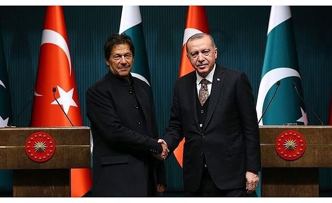 Pakistan Başbakanı   Han'dan Barış Pınarı Harekatı'na tam destek