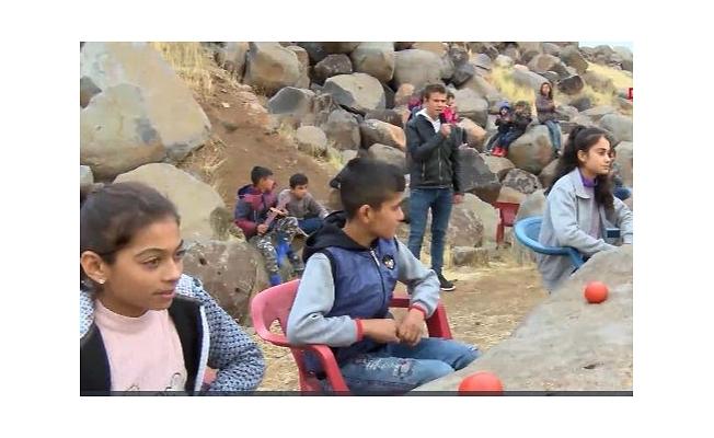 Diyarbakırlı çocuklardan ses yarışması
