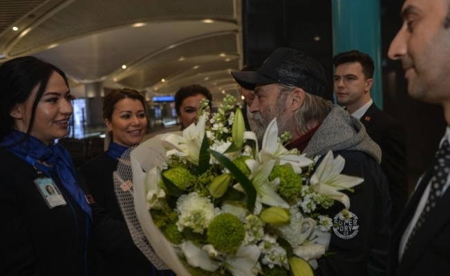 Emmy Ödülü alan Haluk Bilginer İstanbul'da! İşte ilk sözleri...