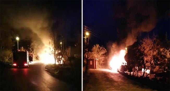 Zonguldak'ta öğrenci minibüsü alev aldı