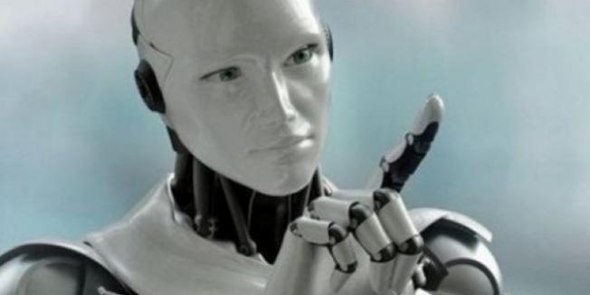 """""""10 yıl içinde robotlar en yakın arkadaşımız olacak"""""""
