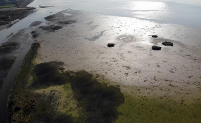 Büyükçekmece Gölü alarm veriyor