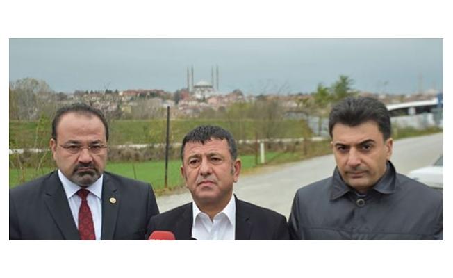 Demirtaş'ı CHP heyeti cezaevinde ziyaret etti