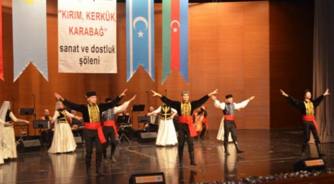 Kırım'dan, Kerkük'e, Karabağ'a uzanan ezgiler