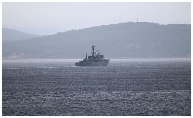 Rus savaş gemisi oradan geçti