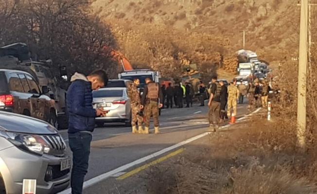 Tunceli'de zırhlı araç devrildi!