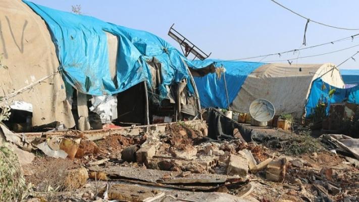 YPG/PKK sığınmacı kampını ateşe verdi!