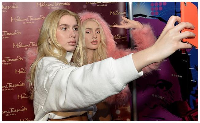 Aleyna Tilki Madame Tussauds'da!