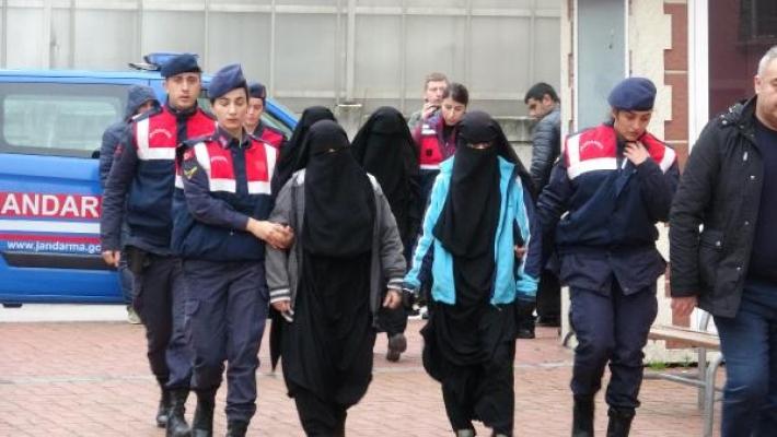 DEAŞ şüphelisi 4 kadın, jandarma operasyonuyla yakalandı