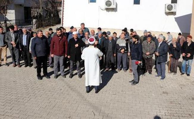 Köylüler 'kar duası'na çıktı