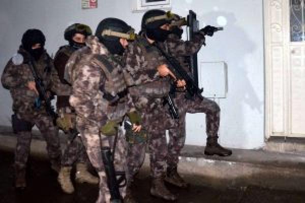 37 ilde büyük operasyon: 450 kişi gözaltına alındı
