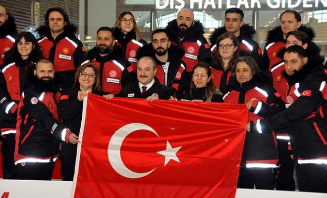 Antarktika'ya giden Türk Bilim Ekibimiz yola çıktı