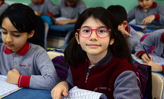 Dünya birincisi Elanur'a ilk destek Haluk Levent'ten!
