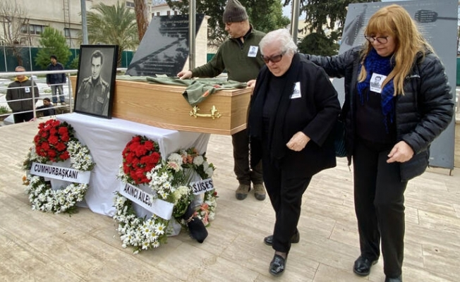 Kıbrıs şehidi 45 yıl sonra gerçek mezarına defnedildi