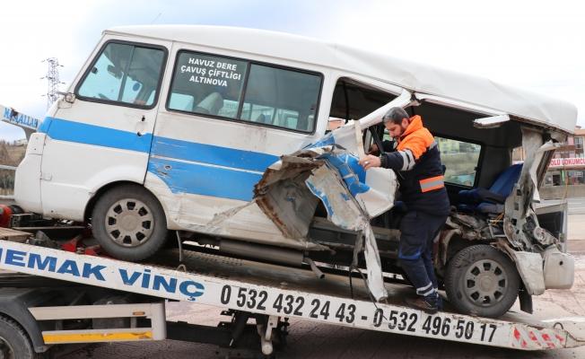 Yalova'da feci kaza: 6 yaralı