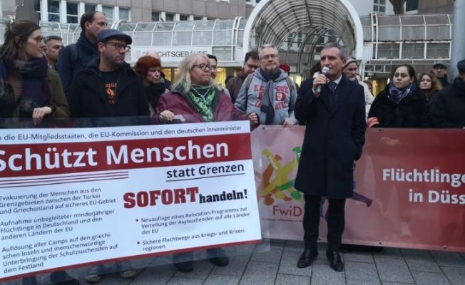 Almanya'da mültecilere destek yürüyüşü