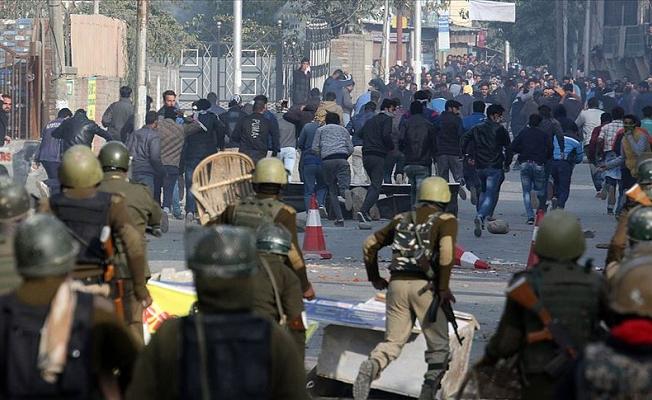Hindistan'da çatışmalar eğitime zarar veriyor