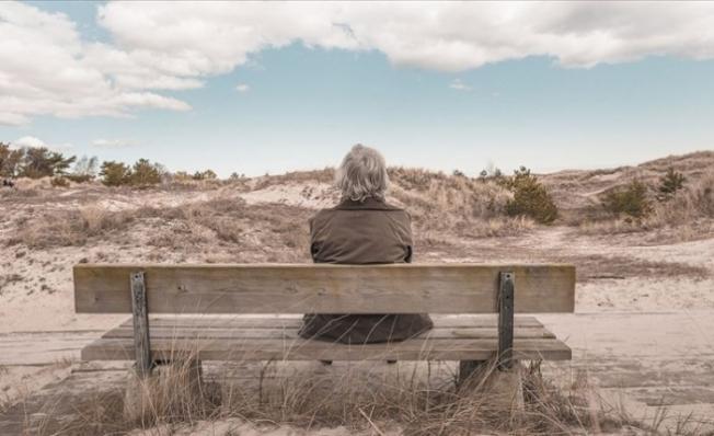 Kadınlar erkeklerden daha uzun süre yaşıyor