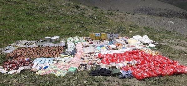 Van'da PKK'ya ait yaşam malzemesi ele geçirildi