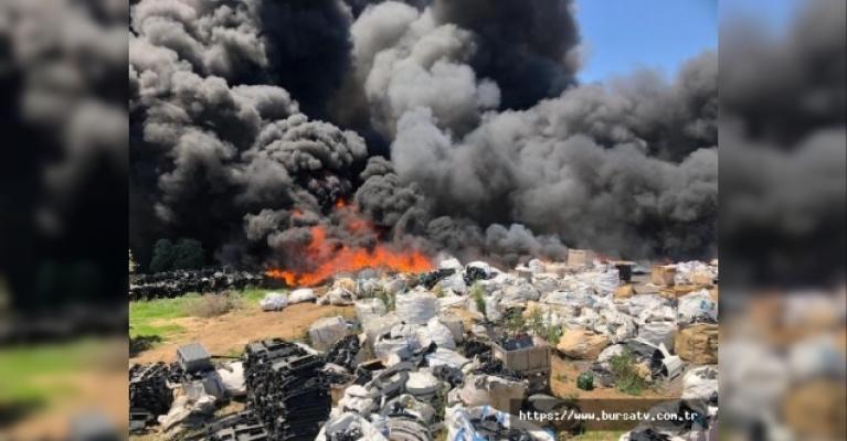 Geri dönüşüm tesislerinde korkutan yangın!
