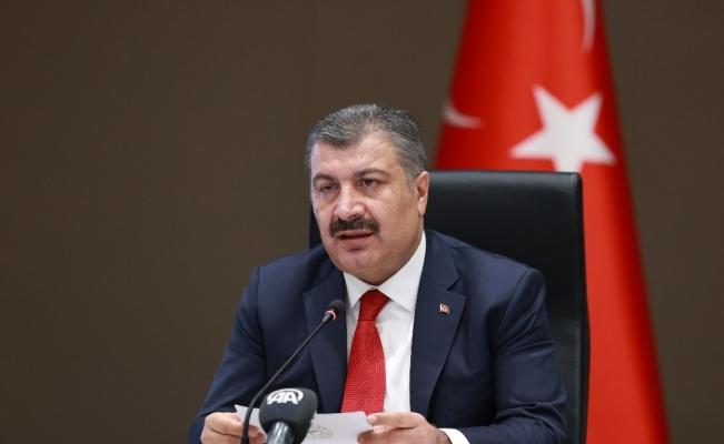 """Sağlık Bakanı Koca: """"Kademeli olarak şimdilik 50 milyon doz aşı gelecek"""""""