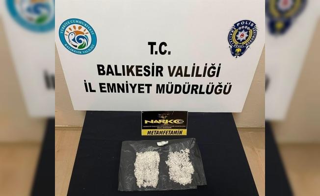 4 ilde uyuşturucu tacirlerine şafak operasyonu
