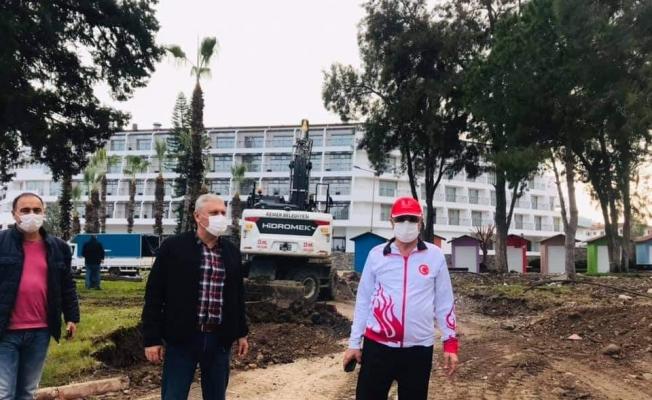 Başkan Topaloğlu Atatürk Parkındaki çalışmaları inceledi