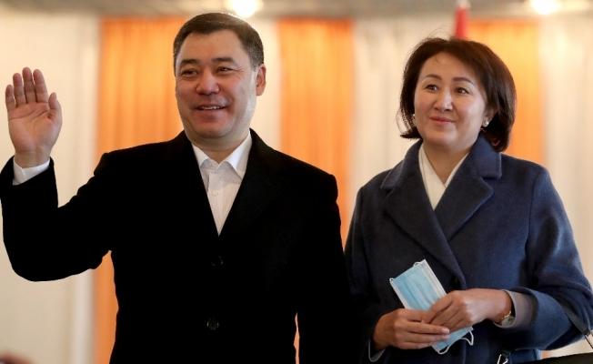 Kırgızistan'da cumhurbaşkanlığı seçimlerinde zafer Caparov'un