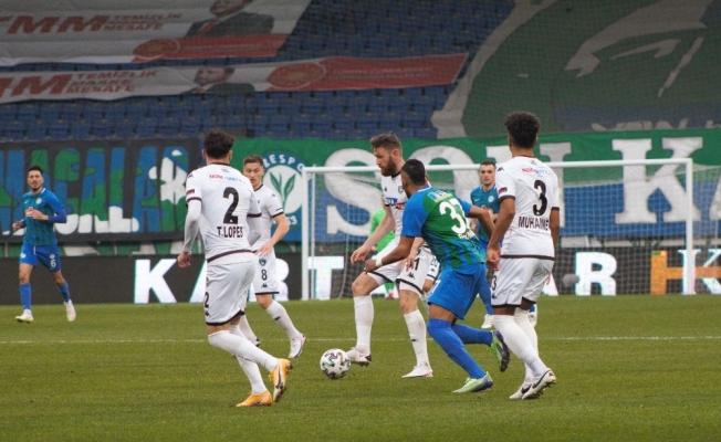 Süper Lig: Ç.Rizespor: 0 - Y. Denizlispor: 1 (İlk yarı)