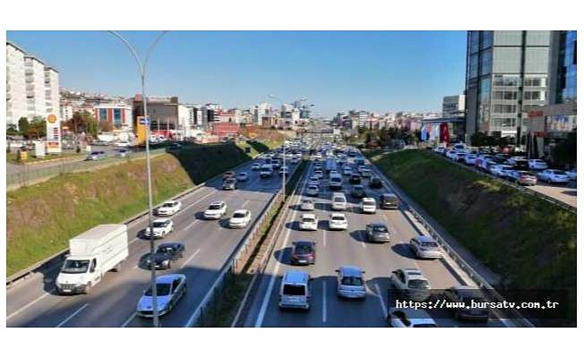 82 saatlik kısıtlama öncesi trafik yoğunluğu yüzde 74 oldu