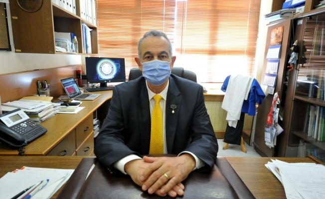 Bursa'da ameliyatta fenalaşan doktor, ayağına serum taktırarak operasyonu tamamladı