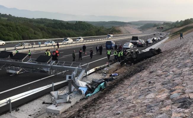 Fahri konsolos ile birlikte 4 kişinin öldüğü kaza