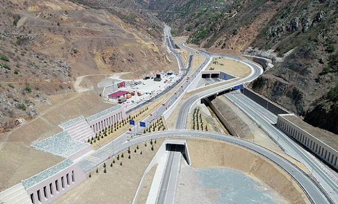 Kürtün Ayrım Kavşağı ve Tüneli açıldı