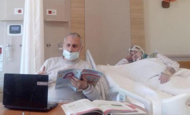 Öğretmenin görev aşkı, hastane odasını sınıfa çevirdi