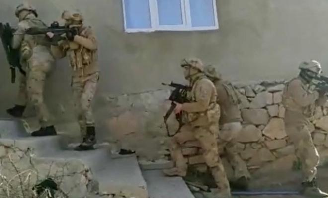 Terör operasyonu; 1'i muhtar 5 kişiye gözaltı