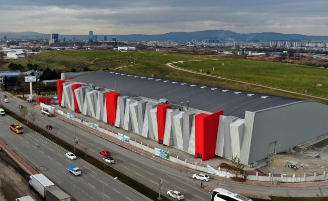 Türkiye'nin En Modern Atletizm Salonu'nun Pisti Kaplanıyor