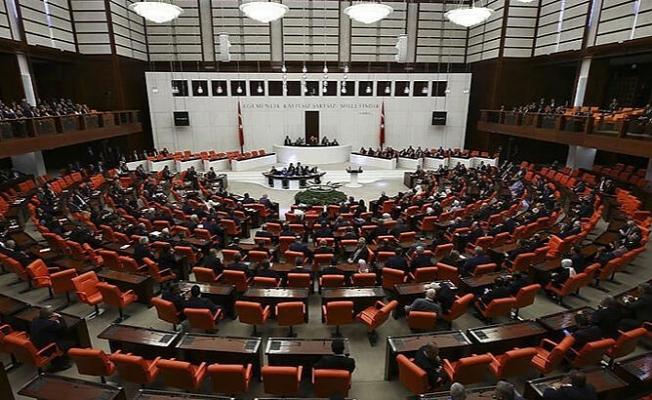 AK Parti, 'mini infaz' paketini Meclis Başkanlığı'na sundu