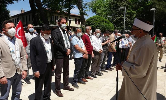 Bursa'da Filistinliler için gıyabi cenaze namazı kılındı
