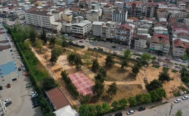 Bursa Nilüfer'in parklarında hummalı çalışma