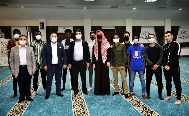 Bursa Osmangazi'de 'Dünya' İftarı